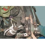 Кулак поворотный передней подвески - замена
